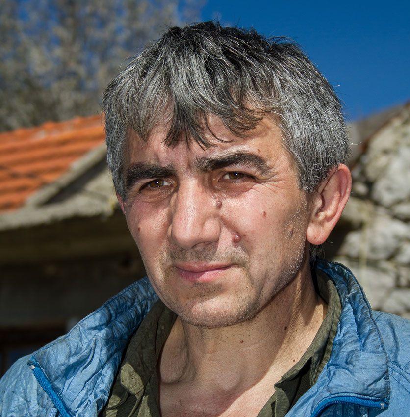 Poslije vožnje do Domaševa, pješači još 10 kilometara do svog imanja: Branko Bokić u Donjem Krtinju