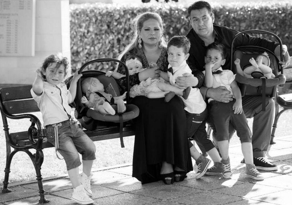 Vedrana i Damir sa svojom djecom