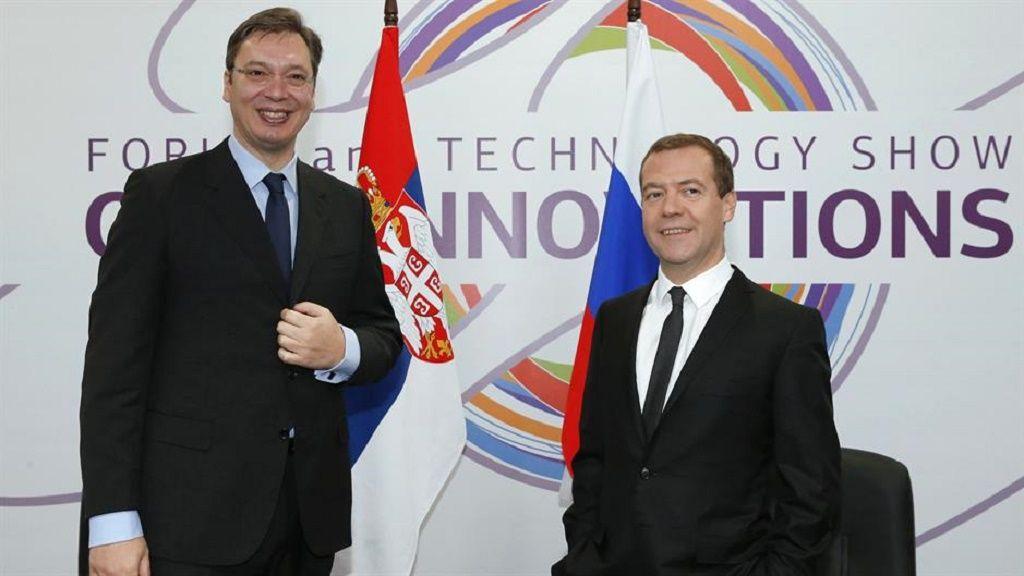 Vučić i Medvedev (Tanjug/AP)