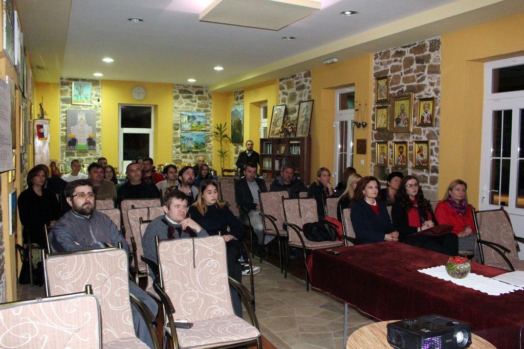 """Dani ćirilice"" zainteresovali Bilećane (FOTO: Moja Hercegovina)"