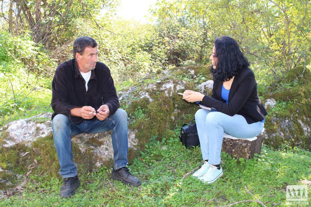 Razgovor u Gornjem Grančarevu (Foto: Moja Hercegovina)