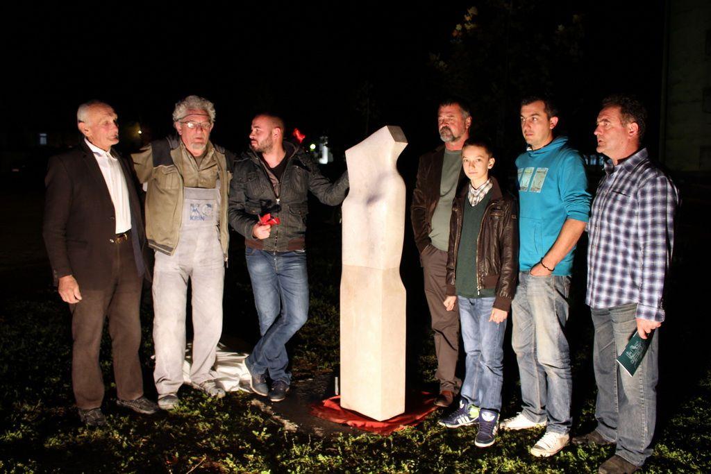"""Skulptura """"Bjelavac"""" Davida Jovanovića (FOTO: Moja Hercegovina)"""
