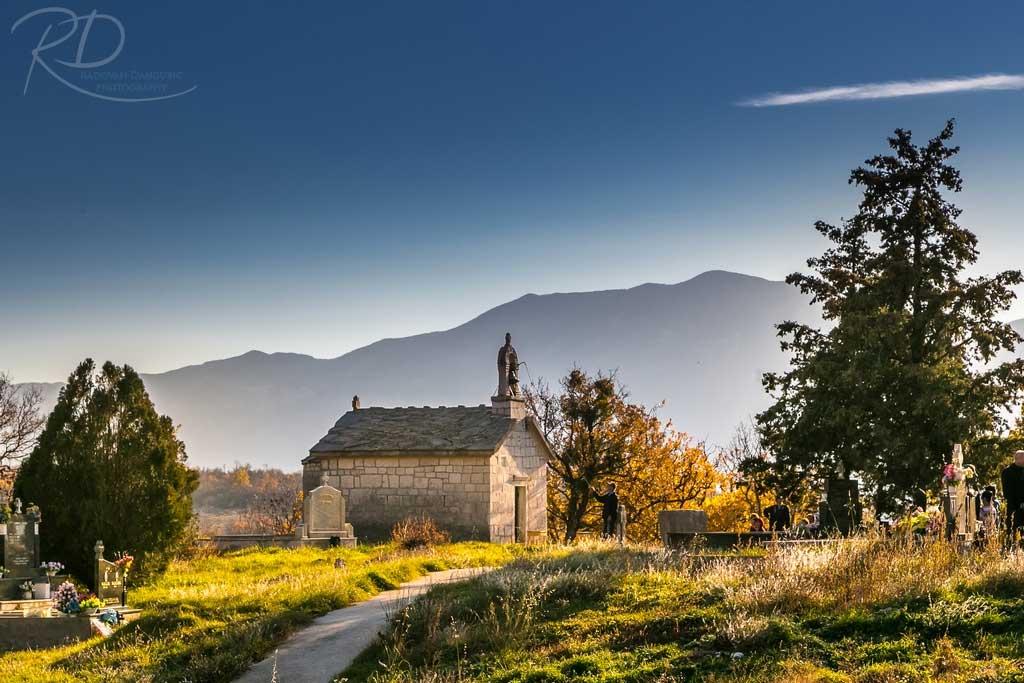 Crkva u selu Gradac kod Ljubinja (FOTO: Radovan Dangubić)