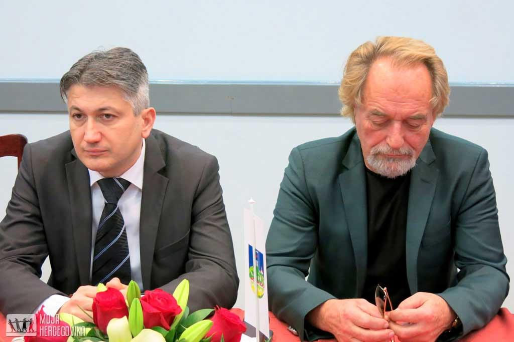 Predsjednik opštine Vršac Čedomir Živković i biznismen Rodoljub Drašković (Foto: Moja Hercegovina)