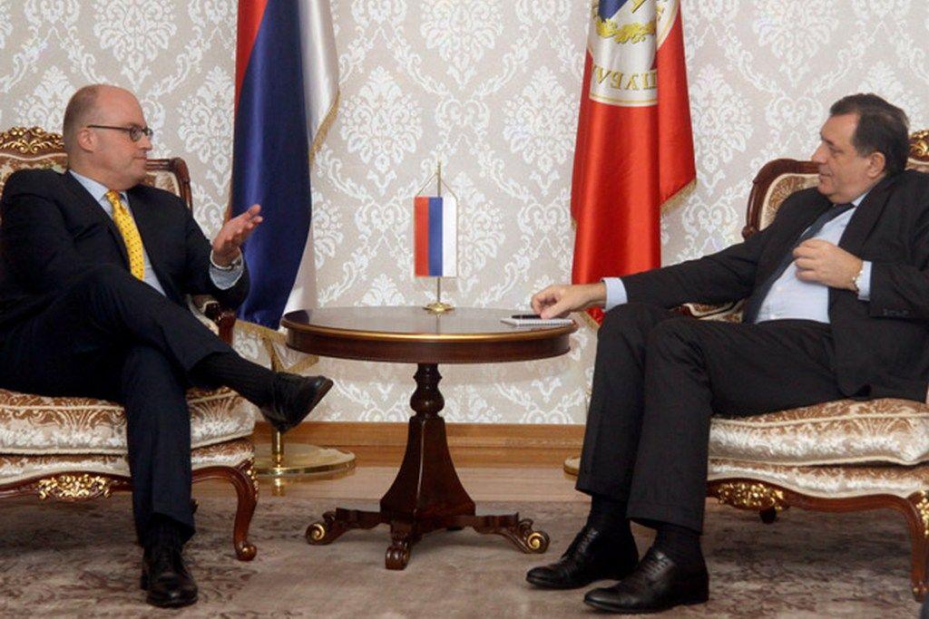 Dodik-Mur