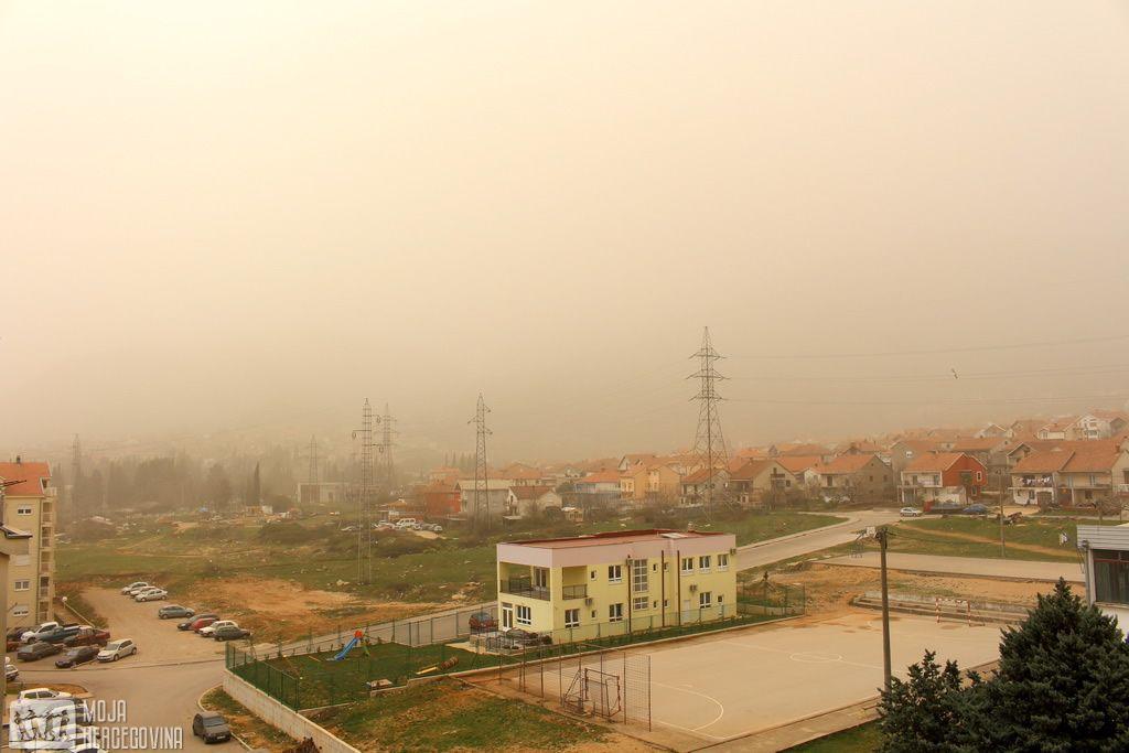 Prljava kiša u Trebinju (FOTO: Moja Hercegovina)