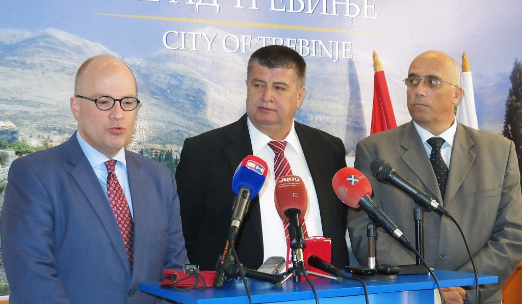 Džonatan Mur, Slavko Vučurević i Slobodan Prtilo (Foto: Moja Hrercegovina)