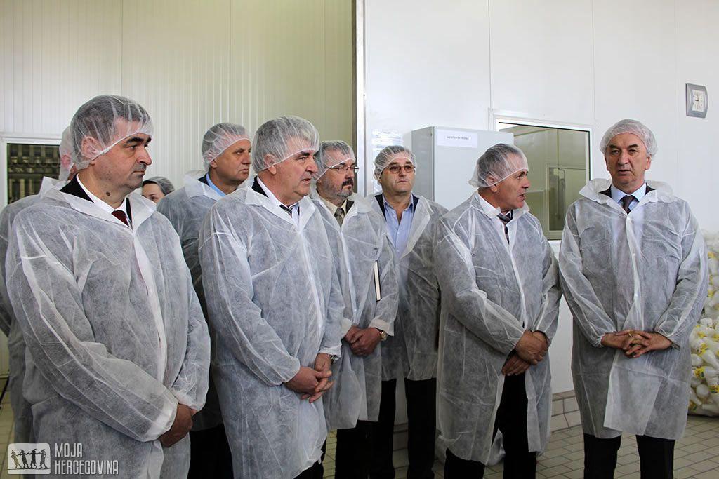 """Delegacija Ministarstva u posjeti Mljekari """"Pađeni"""" (FOTO: Moja Hercegovina)"""