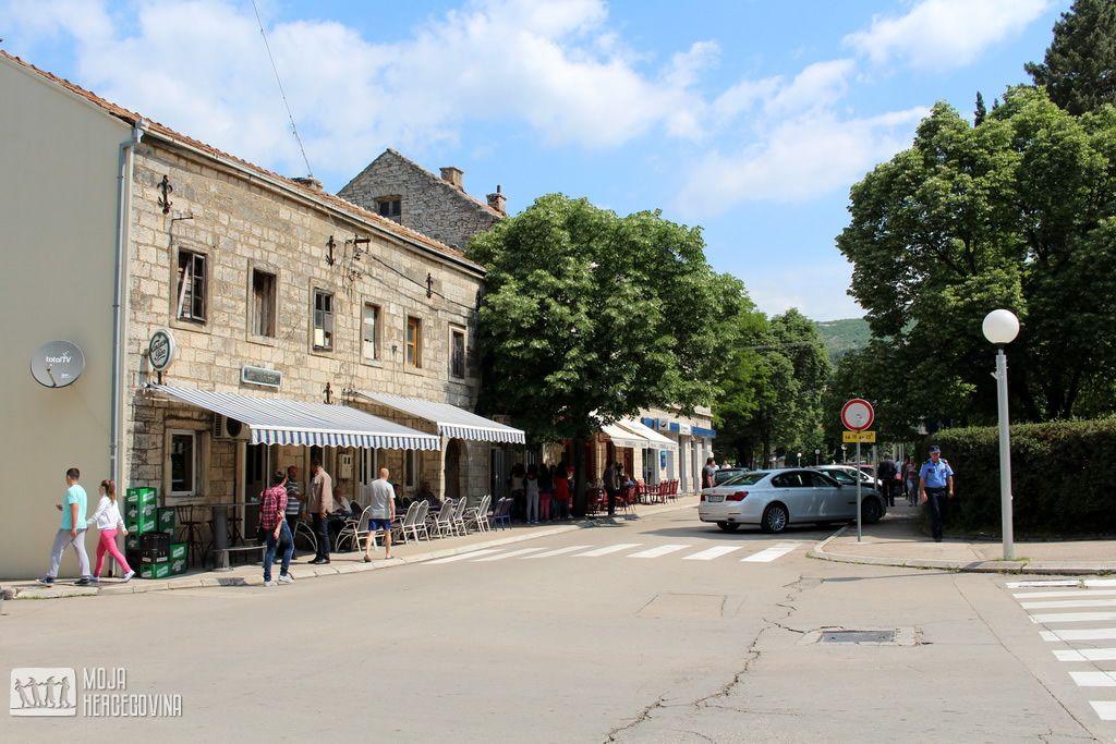 Raskrsnica kod zgrade opštine, na kojoj bi bio početak šetališta (FOTO: Moja Hercegovina)
