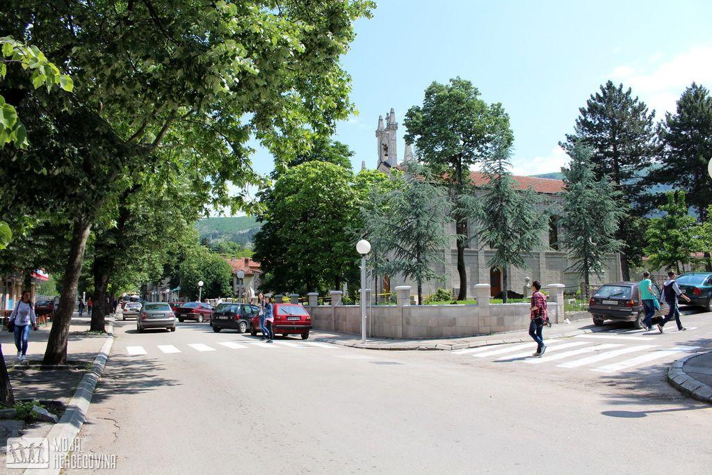 Novi izgled javne rasvjete i obnovljena horizontalna signlizacija (FOTO: Moja Hercegovina)