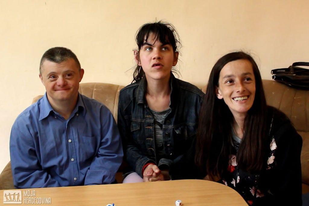 Korisnici bilećkog Dnevnog centra (FOTO: Moja Hercegovina)