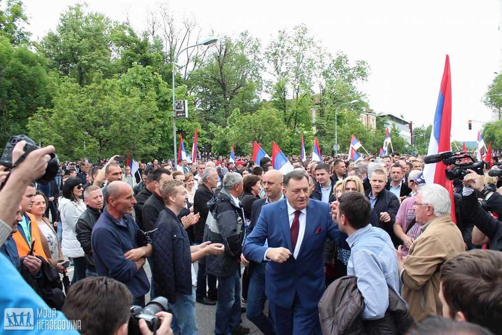 dodik_mh_1_protesti