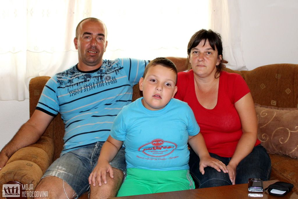 Adis, Salih i Aida Ivanković iz Stoca (FOTO: Moja Hercegovina)