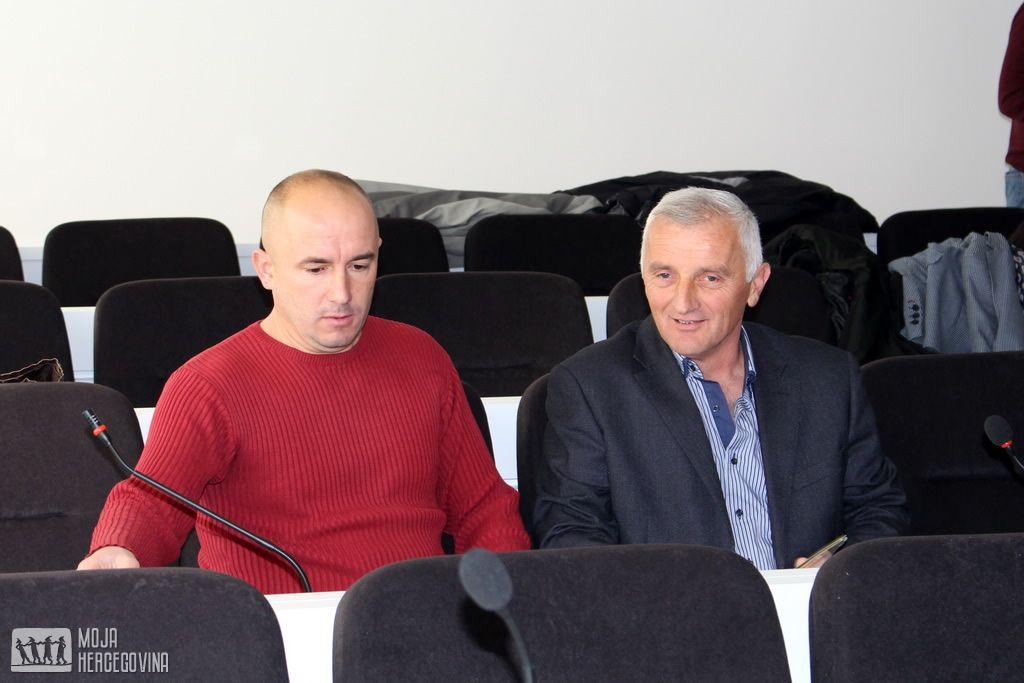 Odbornici SNS-a u bilećkoj SO Lazar Kapor i Branislav Babić (FOTO: Moja Hercegovina)