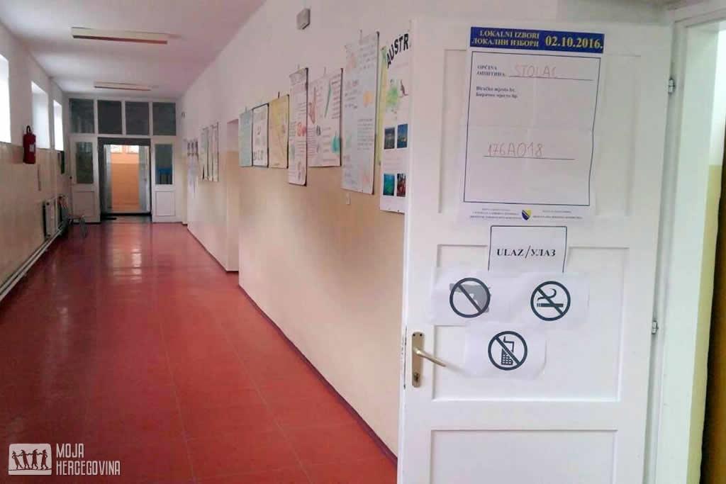 Izborno mjesto u Stocu gdje se dogodio incident (Fto: Moja Hercegovina)