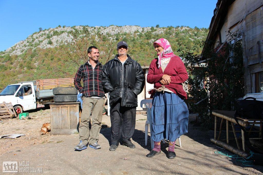 Sabahudin, Kemal i njegova žena (FOTO: Moja Hercegovina)
